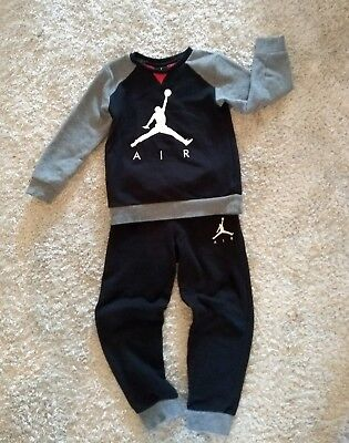 313feca5f50968 NIKE AIR JORDAN Jumpman Collection Kids 2-piece Tracksuit Black   Grey 6-7