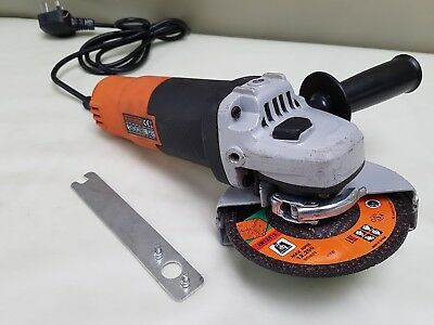 Black and decker Angle Grinder 900W 115mm KG911 Heavy Duty New Disc & Tool ,C11