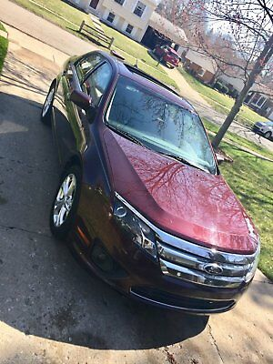 2012 Ford Fusion sport 2012 Ford Fusion SE - LOW MILEAGE BEAUTY! NO ACCIDENTS!