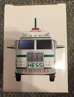 1999 Hess Toy Truck And Space Shuttle W/ Satellite New In Box