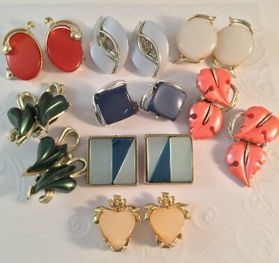 Lot Of Vintage Exquisite Estate Thermoset Clip On Earrings 8 Pairs - #b215