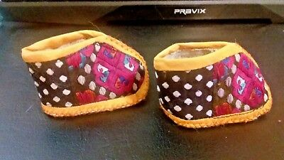Dolls Shoes -Multi-colour slippers - 7 cm x 4 cm