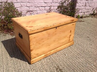 A Very Beautiful Antique Victorian Pine Box/chest 99P Start No Reserve