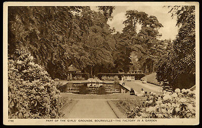 Old Rare Postcard Girls Grounds Bournville Warwickshire Unused (Ref: AA109)