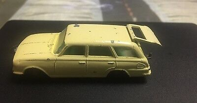 MATCHBOX LESNEY No 38 VAUXHALL VICTOR STATED CAR WHITE INTERIOR
