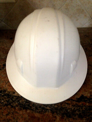 PYRAMEX Hard Hat 4 POINT RATCHET Head Size 6 1/2-8 WHITE Safety PROTECTION E G C