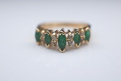 Vintage Emerald & Diamond Ring in Yellow Gold - Stamped 14k - 1/10cttw -Size 5.5