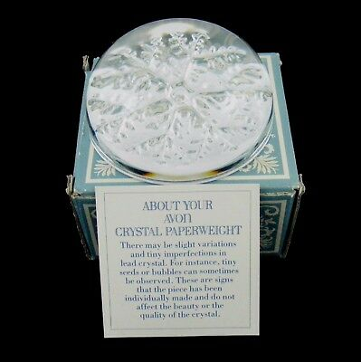 VINTAGE 70's Avon 24% Lead Crystal Snowflake Paperweight Box Christmas Gift?