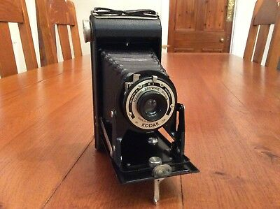 Vintage Kodak Folding Brownie Six-20 with Canvas carrying case