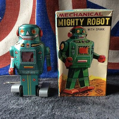 Robot original wind up  made in Japan 1960s very nice condition fully working