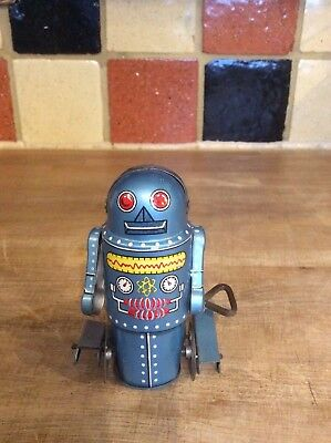 Robot original made in Japan 1960  near mint condition no box