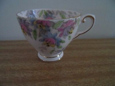 Vintage Tuscan Fine English Bone China Tea Cup- 1940/50's Era