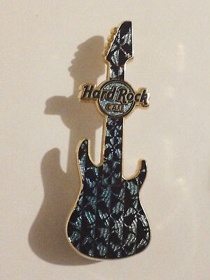 Pin's HRC Hard Rock Cafe Online Mystery Guitar Series 2011 Limited Edition 500
