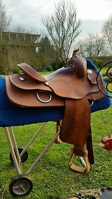 Westernsattel Circle L Saddlery, Allround /Equitation Seat. 15, 5 Zoll.