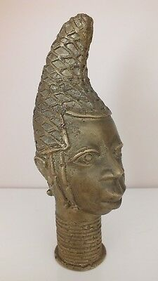 Beautiful African Oni Queen Head / Benin - Nigeria / Bronze / Brass