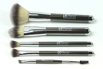 It Cosmetics 5 Piece Brush Set Brand New W/o Box !!!