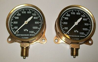 2 x VINTAGE BRASS 'WESTINGHOUSE BRAKE' LOCOMOTIVE? PRESSURE GAUGES 1100kPa