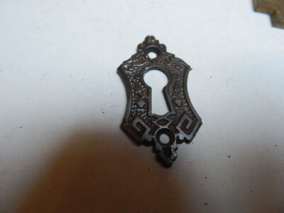 Vintage Old Eastlake Keyhole  Escutcheon Cast Iron  (Kh18)