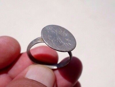 ancient silver Medieval engraved seal ring, circa 12 - 14th century A.D.