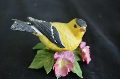 1987 Lenox American Goldfinch Signed Lenox Garden Bird Sculpture Collection