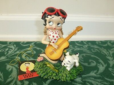 Betty Boop Playing Guitar Red & White Polka Dot Dress Resin Figurine With Tags