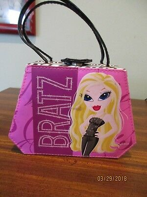 "Bratz purse TM & MGA purse with handles 7 3/8"" X 5 1/4"""