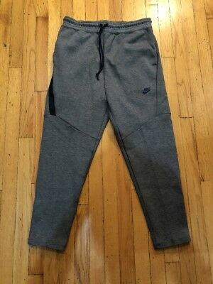 12c5d24b0a0d3 Nike Tech Fleece Cropped Pants Mens Size L Carbon Heather Black (727355 091)