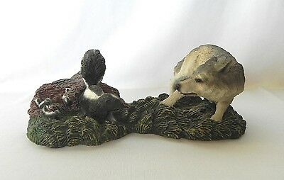 Living Stone SKUNK FAMILY & WOLF FIGURINE 1998
