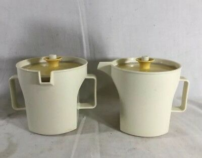 Vintage Almond/Harvest Gold Tupperware Creamer and Sugar Set 1414-3 1415-4