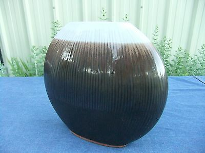 Stephen Pearce, Shanagarry Pottery Oval Vase.