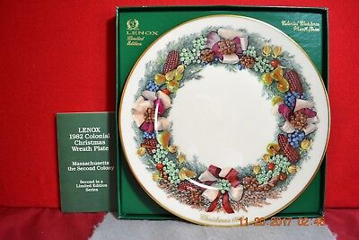 1982 Lenox Colonial Christmas Wreath Massachusetts The Second Colony Plate  &Box