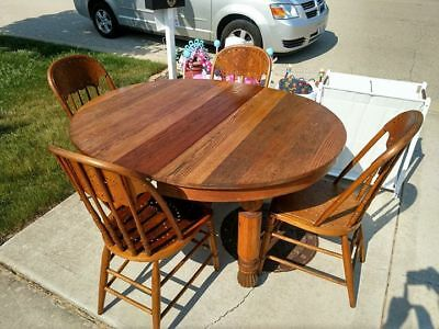 5 Piece Dining Room Set Table And Chairs Vintage Antique  LOCAL PICKUP ONLY