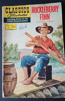 CLASSICS Illustrated No. 19 Huckleberry Finn Comic Book January 1945