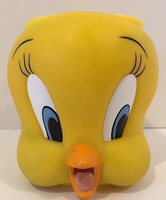 Tweety Bird Face 3D Plastic Cup Looney Tunes Warner Brothers Yellow