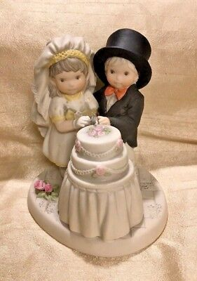 Enesco 2001 You are the Sweetest Part of My Life Bride &Groom Porcelain figurine