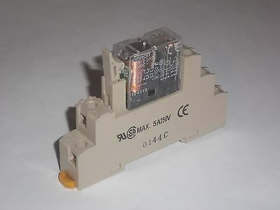 Omron General Purpose Relay G2R-2-SND w/ P2RF-08-E Base
