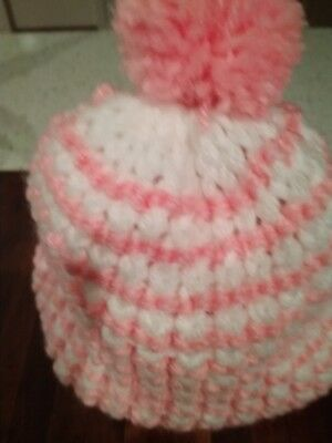 Baby beanie/hat handmade hat 6-12 mth pink/white hand knitted by me