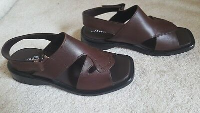 Pakistani leather peshawari chappal sandal size 10 Pre owned