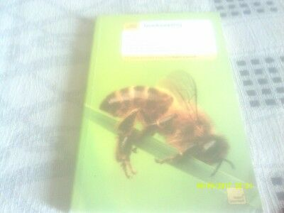 Beekeeping Book - Techniques, Bees, Equipment, Hives, Honey, Care, Swarms, Etc