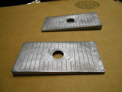 New Pair of Aluminum 2.5' Angle Leaf Spring Shims Mopar Ford Chevy GM Pinion