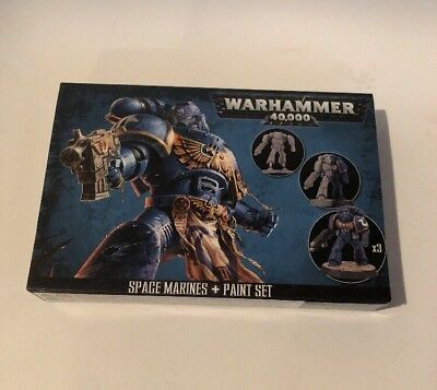Games Workshop Warhammer 40,000 - Space Marines + Paint Set - New Never Used