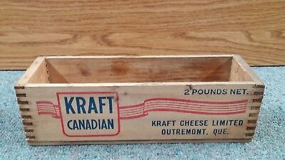 Vintage KRAFT CANADIAN Pasteurized Cheese Wooden Blue & RED Box 2 lb. QUE. GREAT