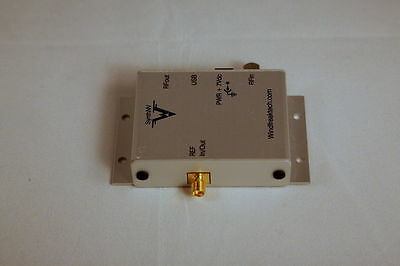 Signal Generator 34MHz to 4.4 GHz Windfreak  built in RF Power Detector & Synth