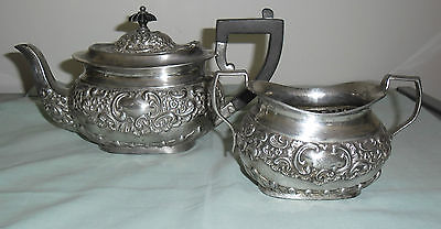 Vintage  Silver Plate  Teapot And Sugar Bowl : T.w.& Co