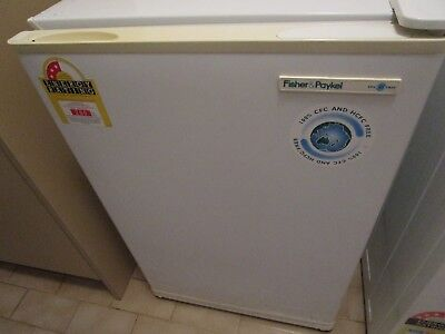 Bar Fridge Fisher and Paykel 115lt Used