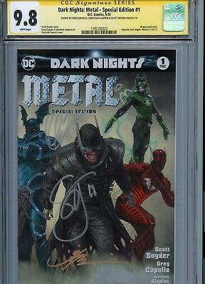 Dark Nights: Metal #1 Special Edition Variant Cover Cgc 9.8 Ss Triple Signed