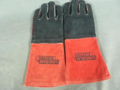 Lincoln Electric Size Large Red and Black Welding Gloves KH643