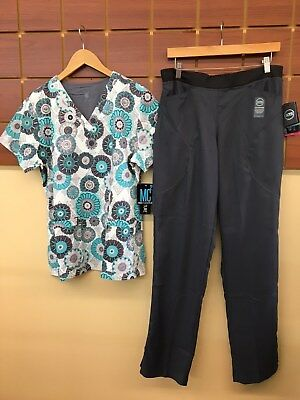 NEW Gray Print Scrubs Set With Large Top & Wink Tech Large Tall Pants NWT