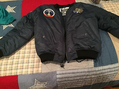 Junior Astronaut size 8 Jacket-Green with great SPACE patches