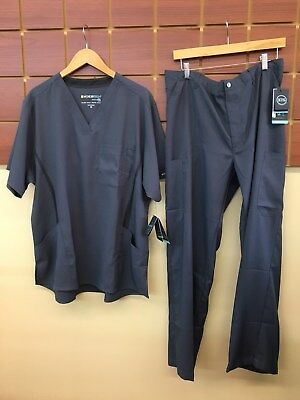 NEW Men's Wink Tech Gray Solid Scrubs Set With XL Top & XL Pants NWT